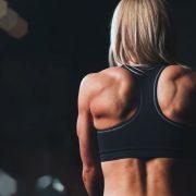 Come migliorare la postura con lo sport